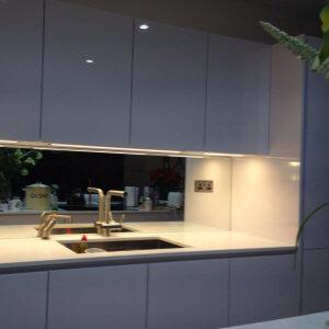 glass kitchen splash backs