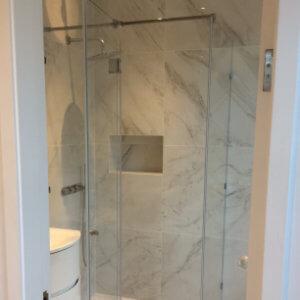 glass shower enclosures