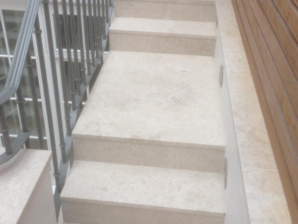 garden-marble-stairs-chelsea