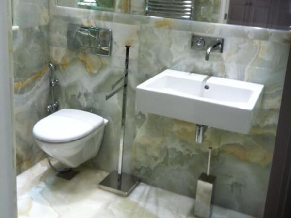 Onyx Bathroom Holland Park