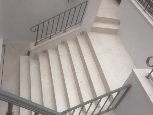 marble-stairs-chelsea