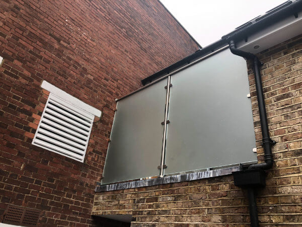 london-glass-balustrade
